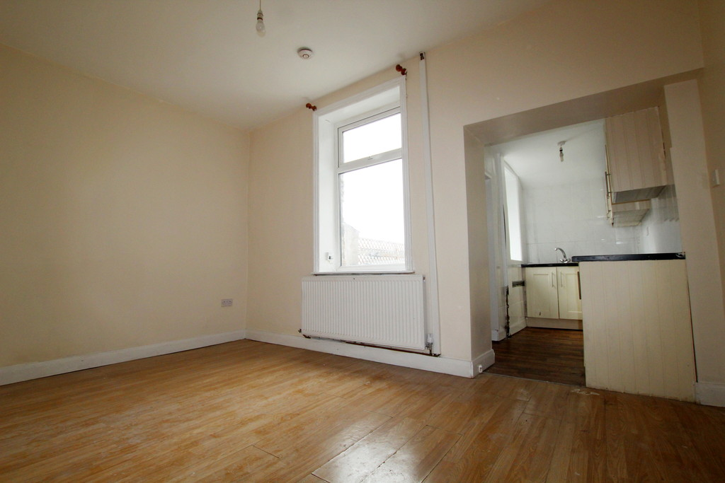 2 bedroom mid terraced house To Let in Accrington - photograph 5.
