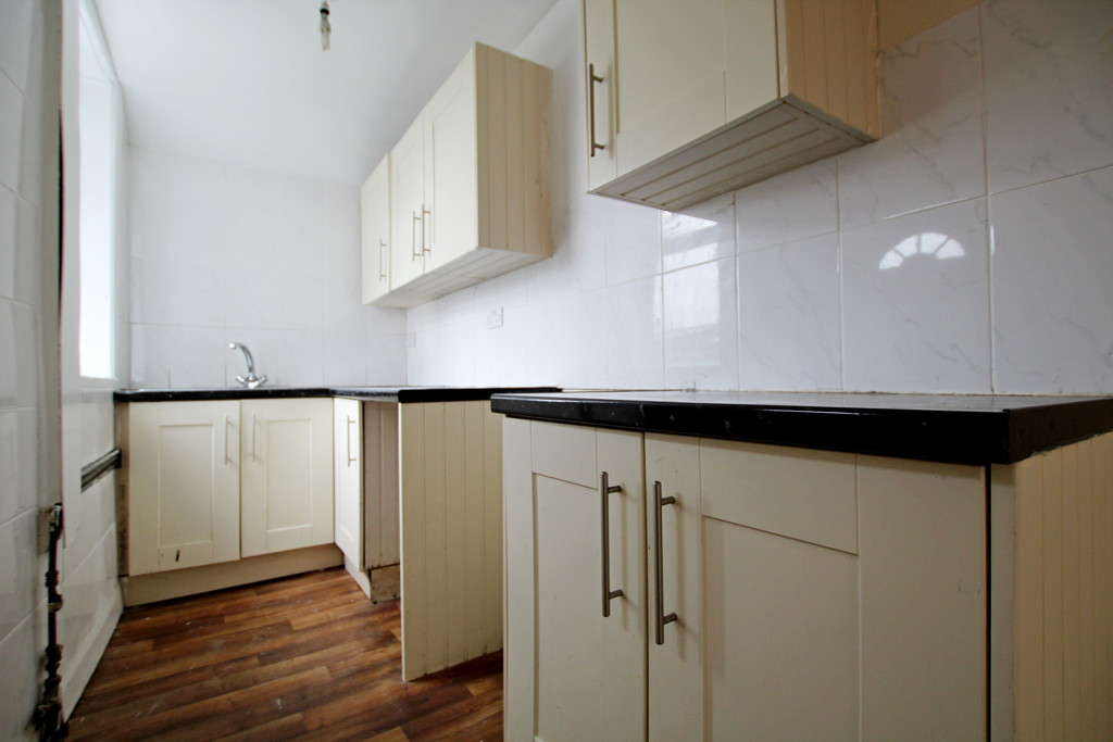 2 bedroom mid terraced house To Let in Accrington - photograph 7.