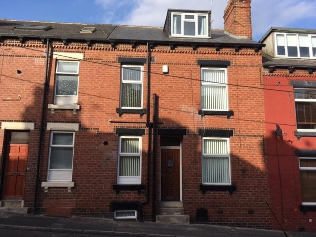 Moorfield Avenue, Armley, Leeds, LS123RZ