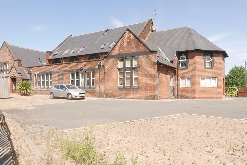 Flat 9 St Hughes Lodge, 68 Armley Lodge Road, Armley, Leeds, LS12 2AT