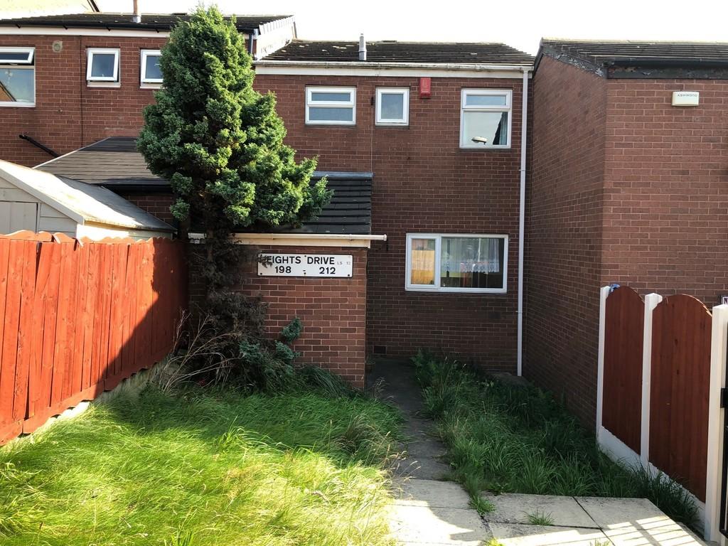 198 Heights Drive, Armley, Leeds, LS12 3TQ