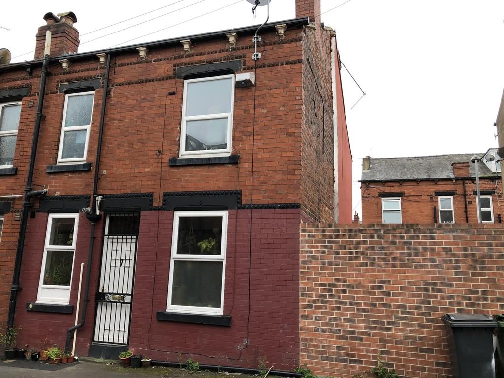 7 Paisley Road, Armley, Leeds, LS12 3JJ