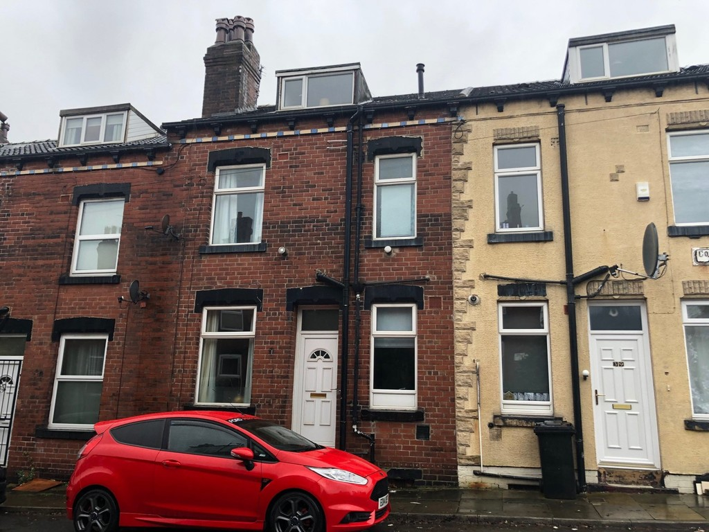 37 Conference Place, Armley, Leeds, LS12 3DZ