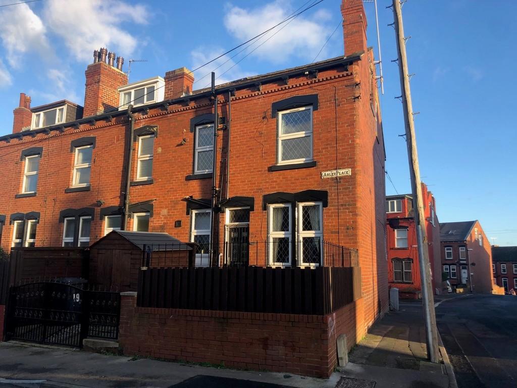 19 Arley Place, Armley, Leeds, LS12 2PB