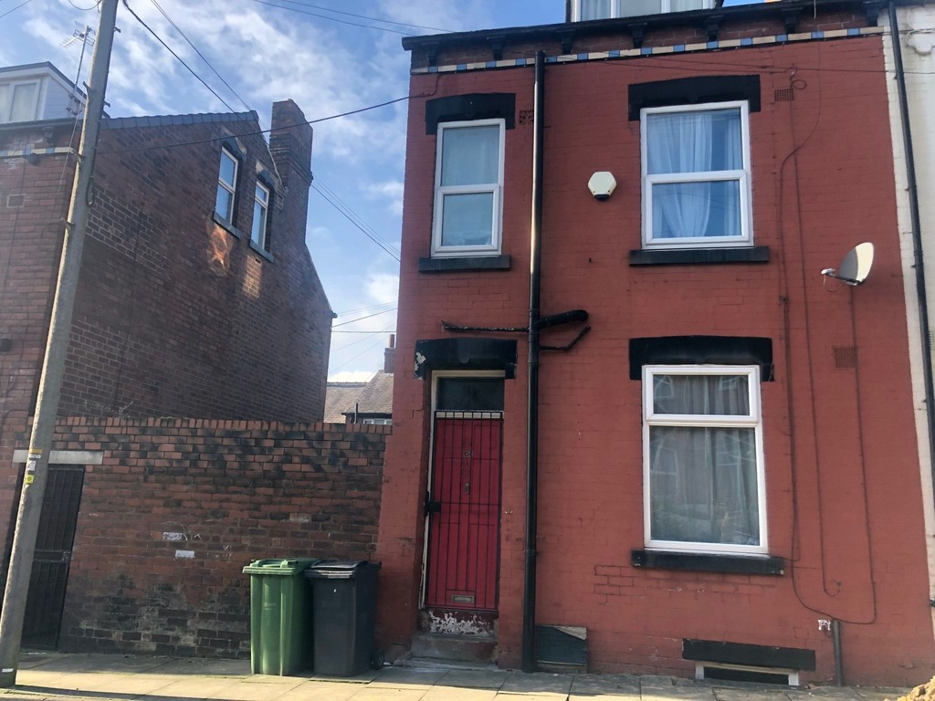 29 Conference Place, Armley, Leeds LS12 3DZ