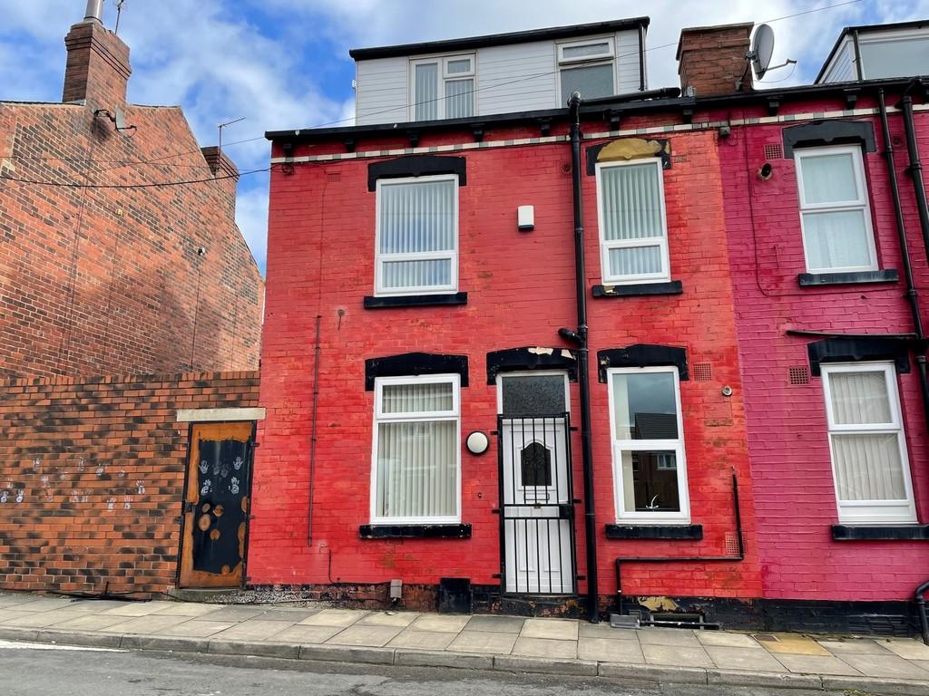 8 Claremont Terrace, Armley, Leeds, LS12 3EB