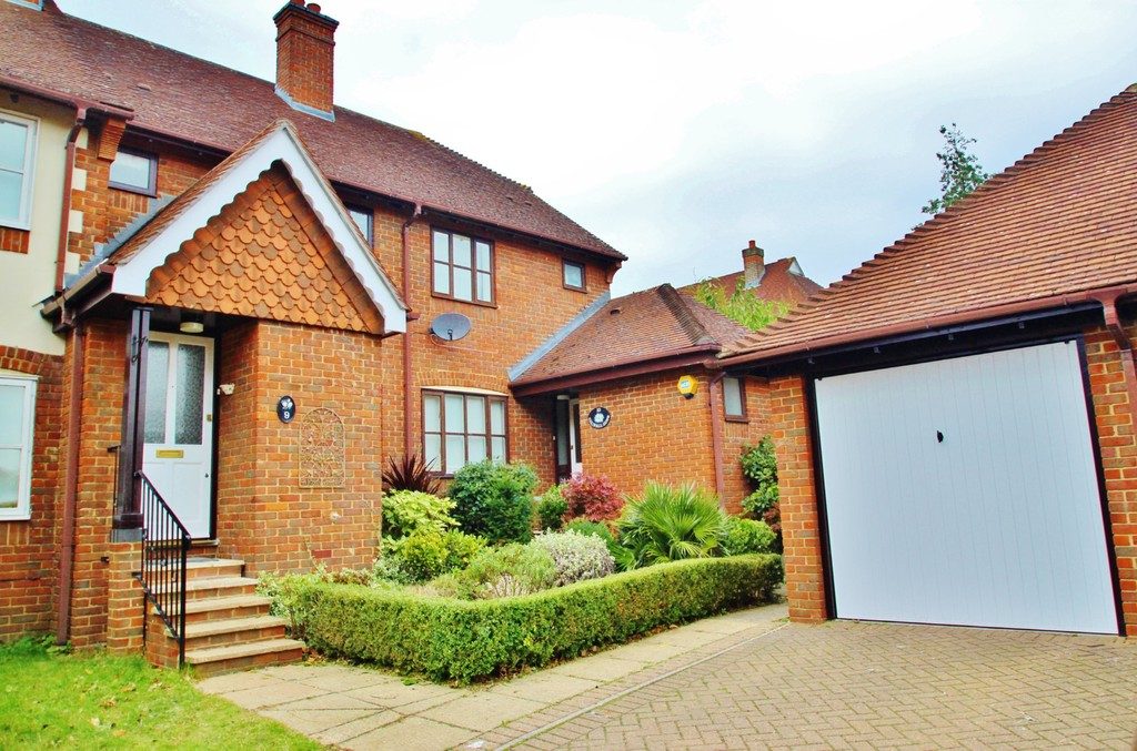 Colwall Gardens, Woodford Green