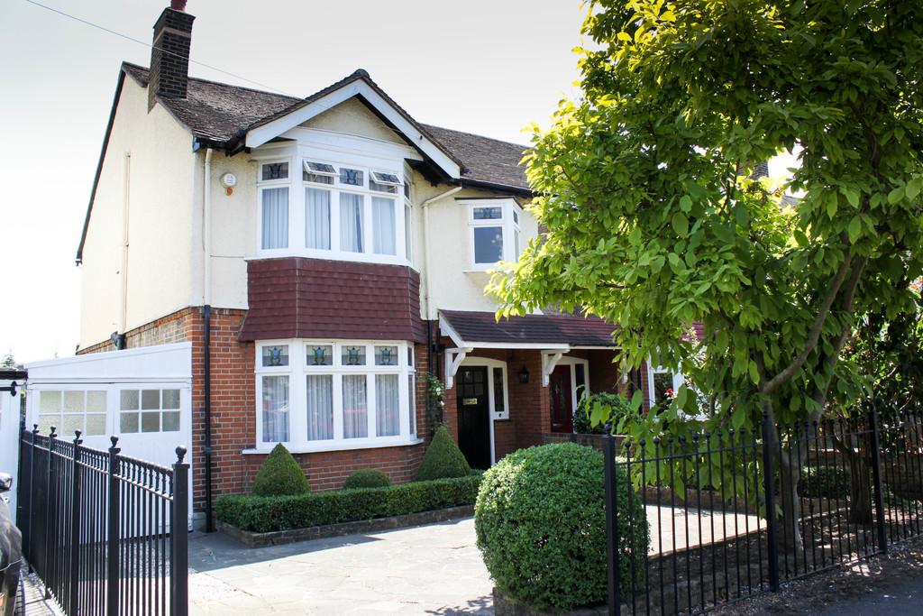 Kings Avenue, Woodford Green , Essex