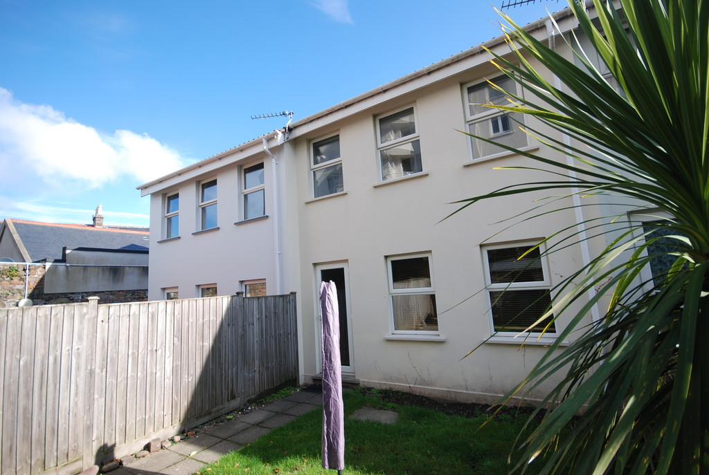 St Helier, Under Offer