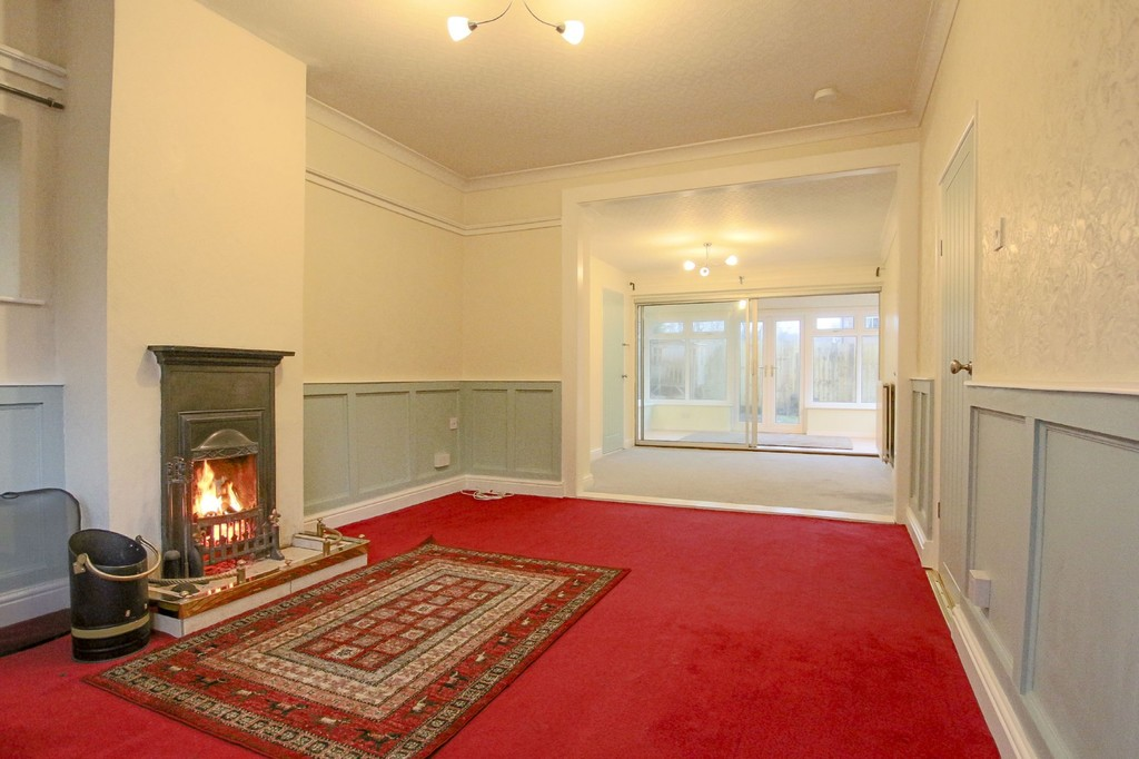 2 Bedroom Link Detached House To Rent - Image 3
