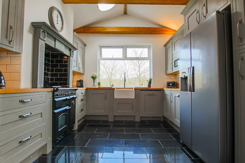 5 Bedroom End Terraced House To Rent - Image 14