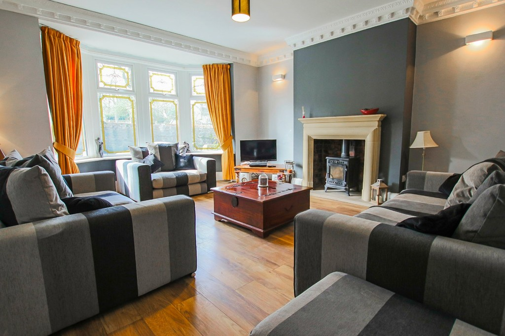 5 Bedroom End Terraced House To Rent - Image 4