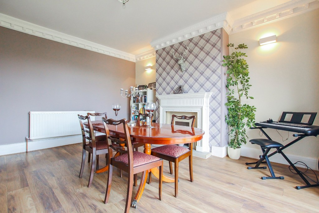 5 Bedroom End Terraced House To Rent - Image 6