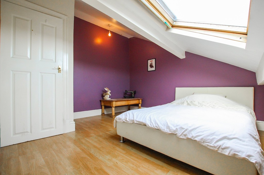 5 Bedroom End Terraced House To Rent - Image 8