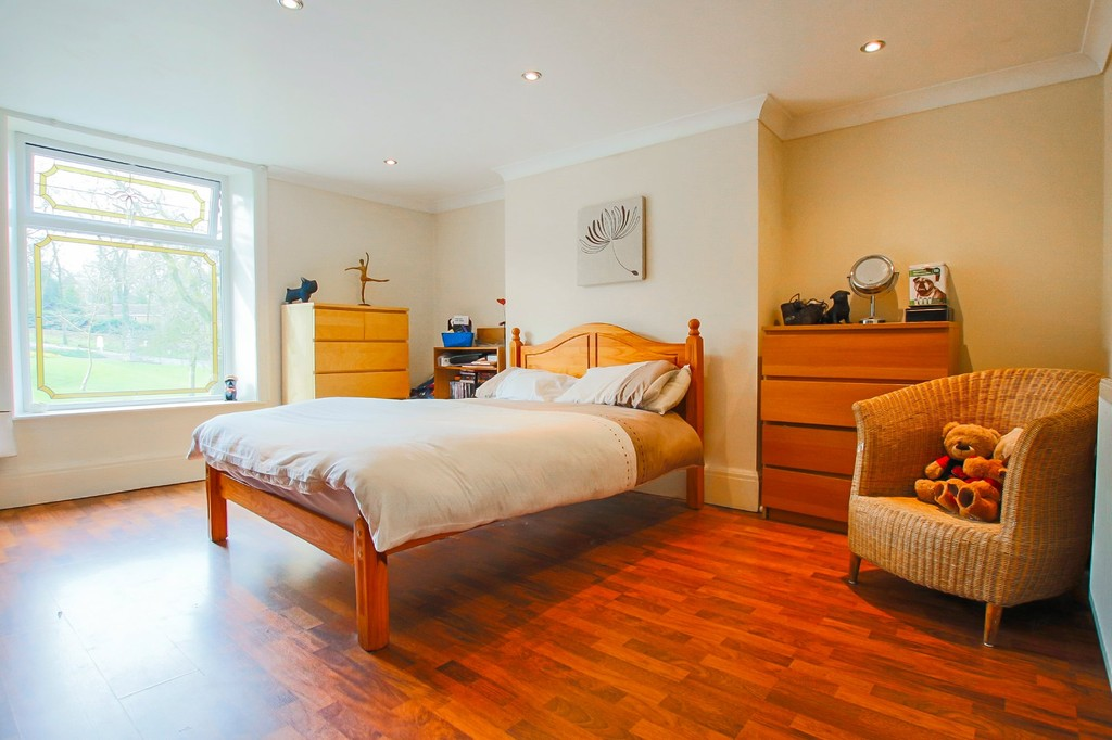 5 Bedroom End Terraced House To Rent - Image 17