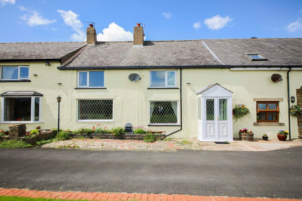 3 Bed Cottage House To Rent - Main Image