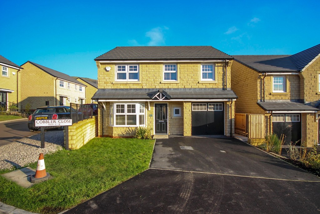 4 Bedroom Detached House To Rent - Image 25
