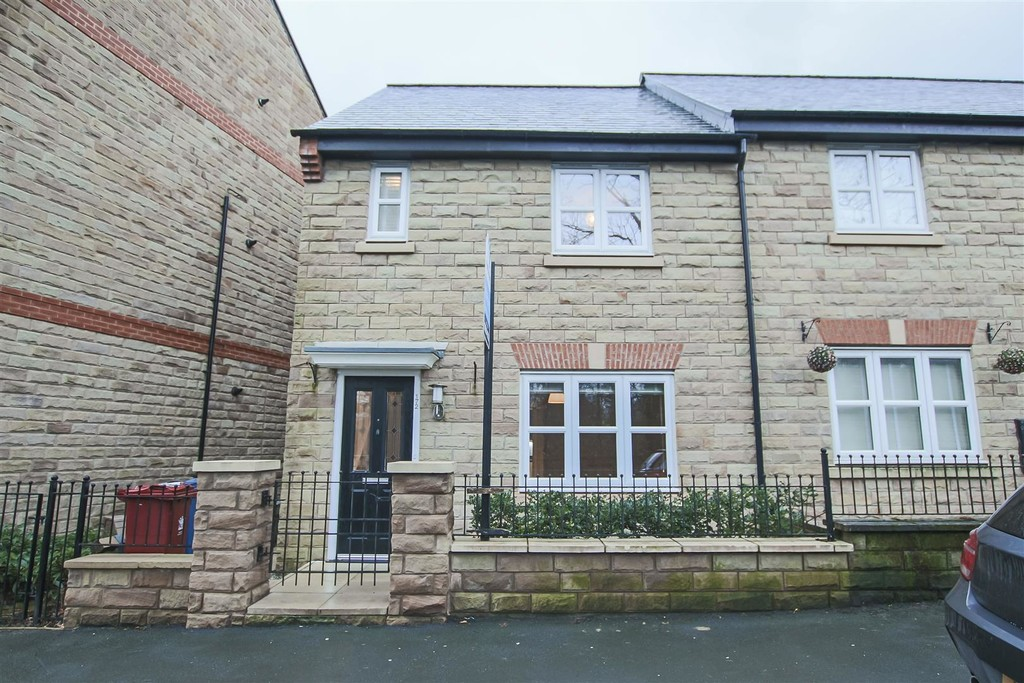 3 Bed Mews House To Rent - Main Image