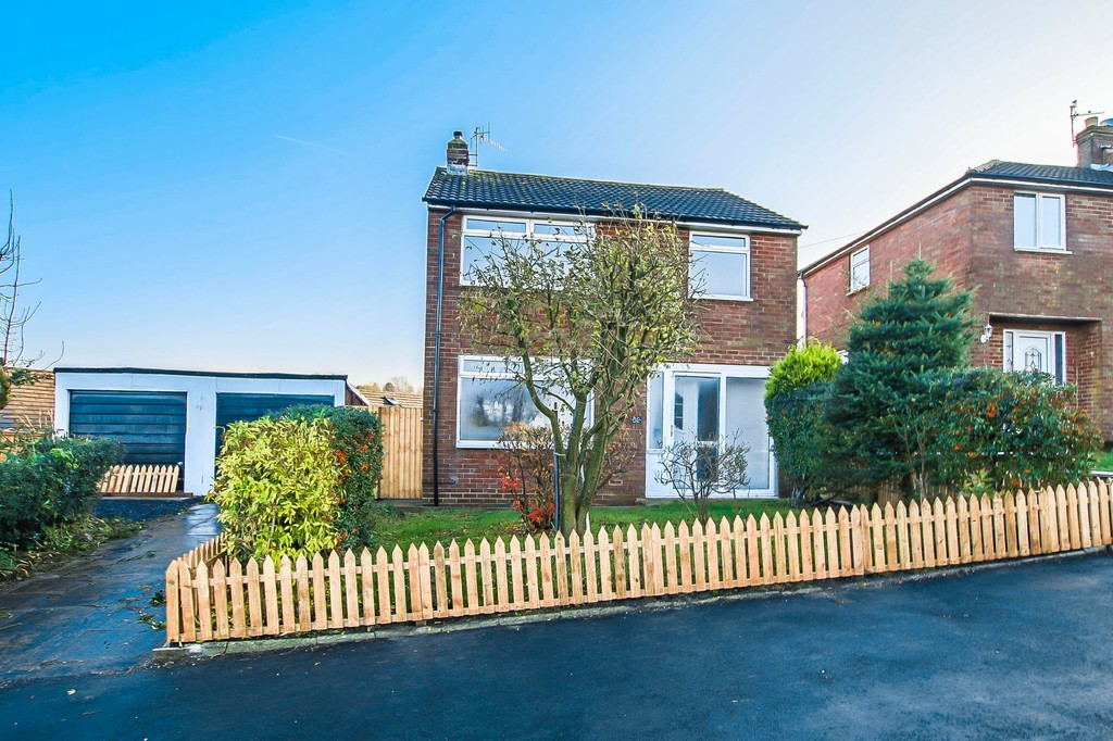 3 Bedroom Detached House To Rent - Image 16