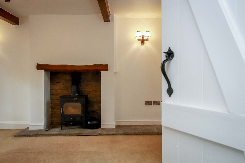 3 Bedroom Cottage House To Rent - Image 33