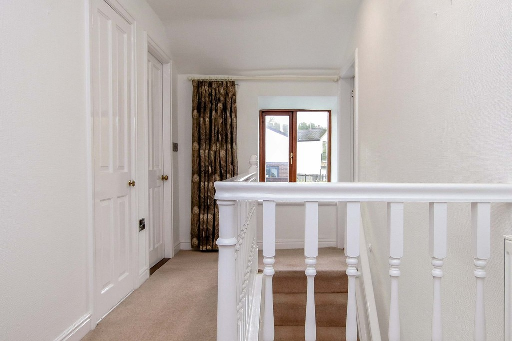 3 Bedroom Cottage House To Rent - Image 38