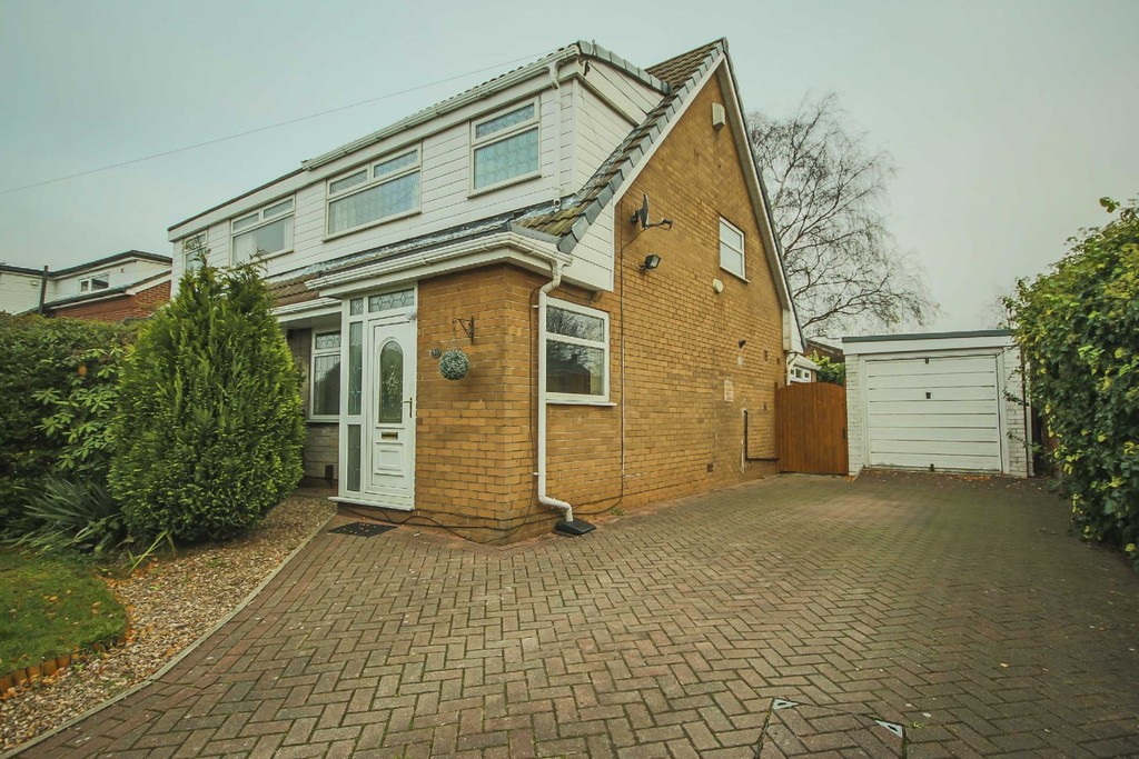 3 Bedroom Semi-detached House To Rent - Image 15