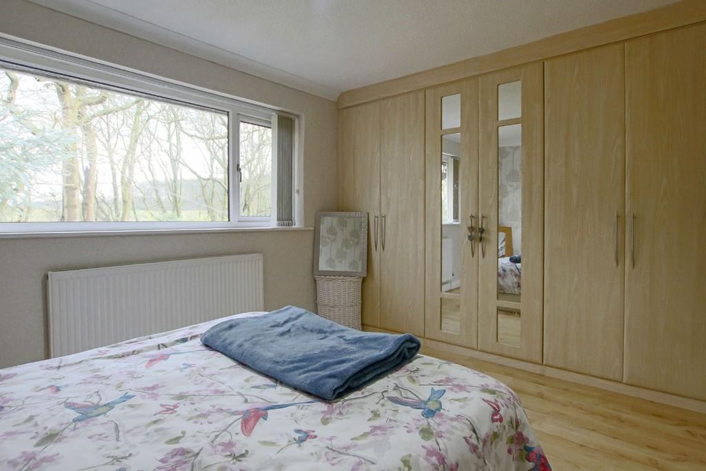 2 Bedroom Detached Bungalow Bungalow To Rent - Image 9