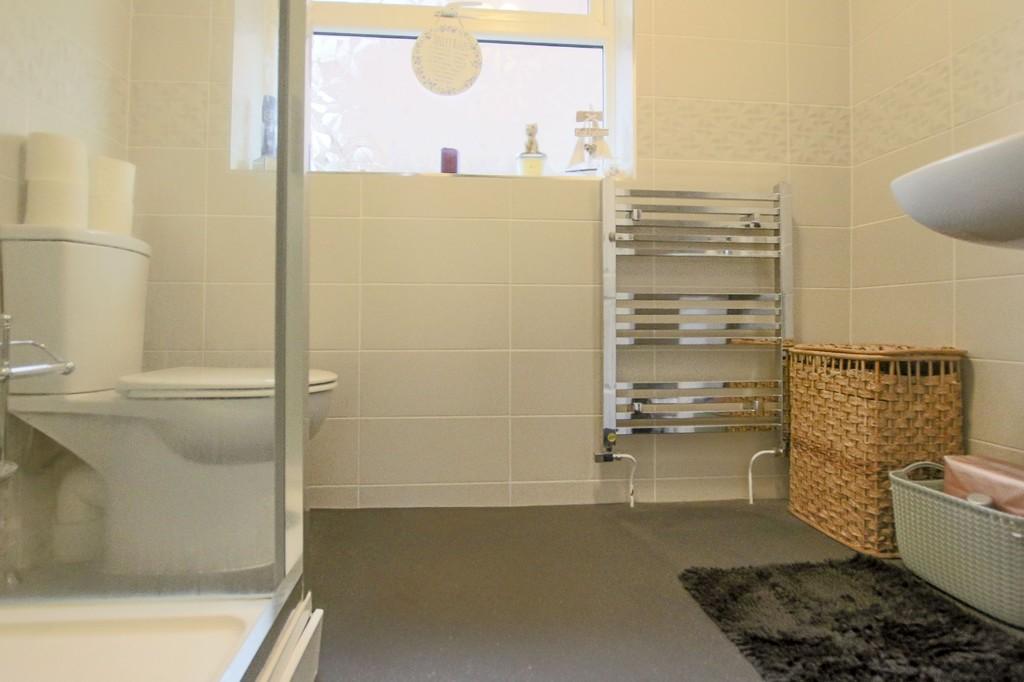2 Bedroom Detached Bungalow Bungalow To Rent - Image 17