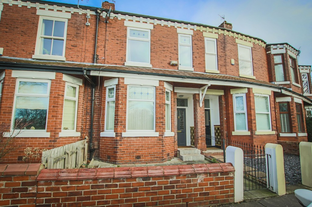 3 Bedroom Mid Terraced House To Rent - Image 32