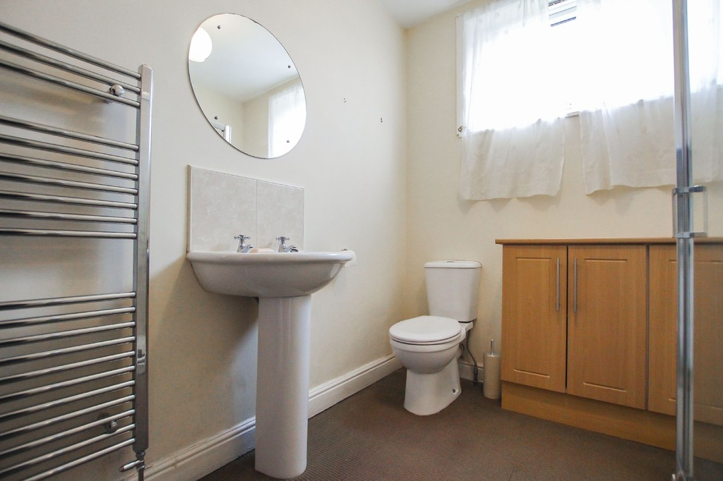 3 Bedroom End Terraced House To Rent - Image 23