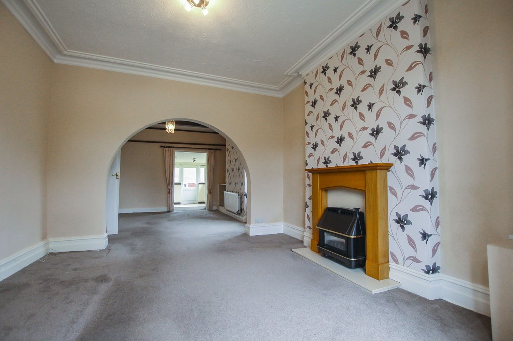3 Bedroom End Terraced House To Rent - Image 28