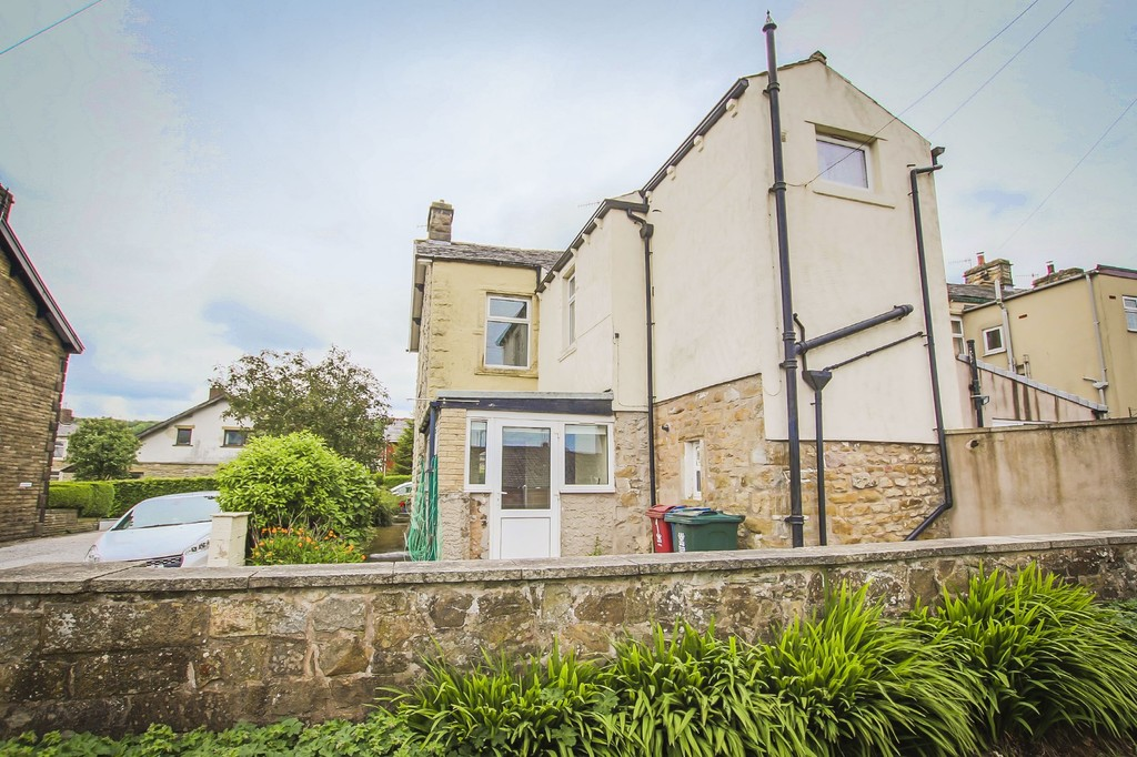 3 Bedroom End Terraced House To Rent - Image 34