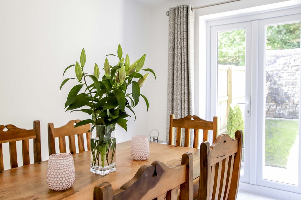 4 Bedroom End Terraced House To Rent - Image 20