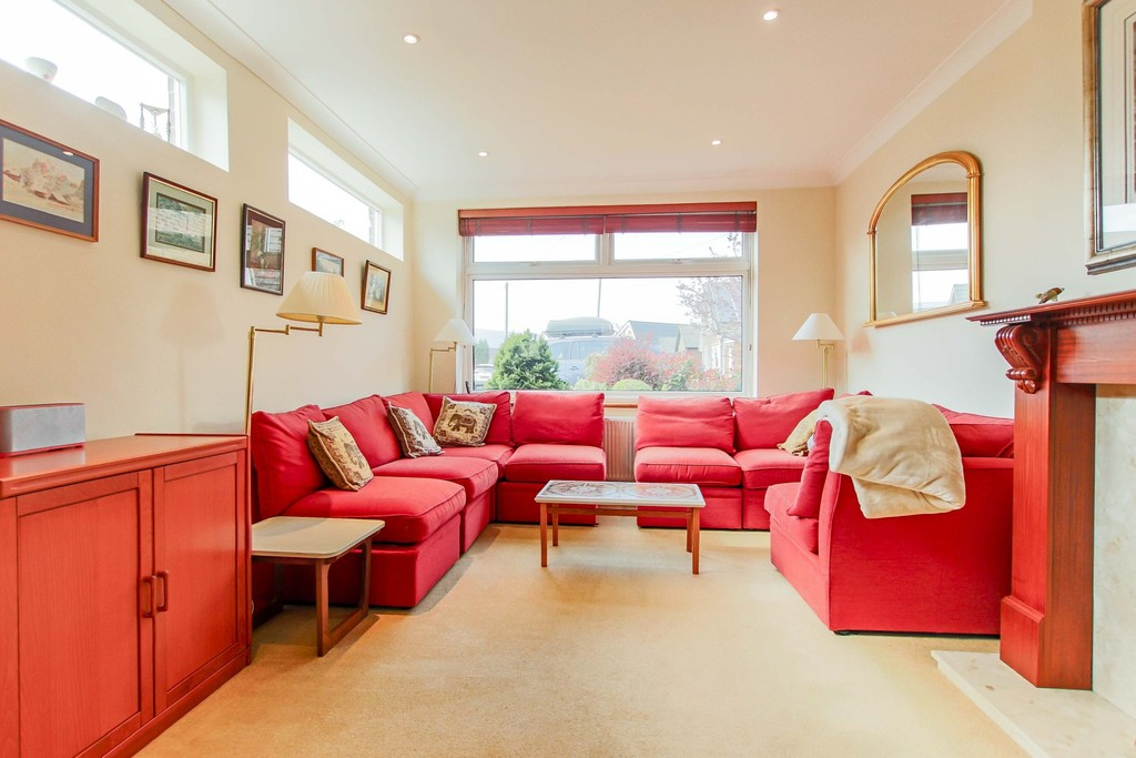 3 Bedroom Link Detached House To Rent - Image 16