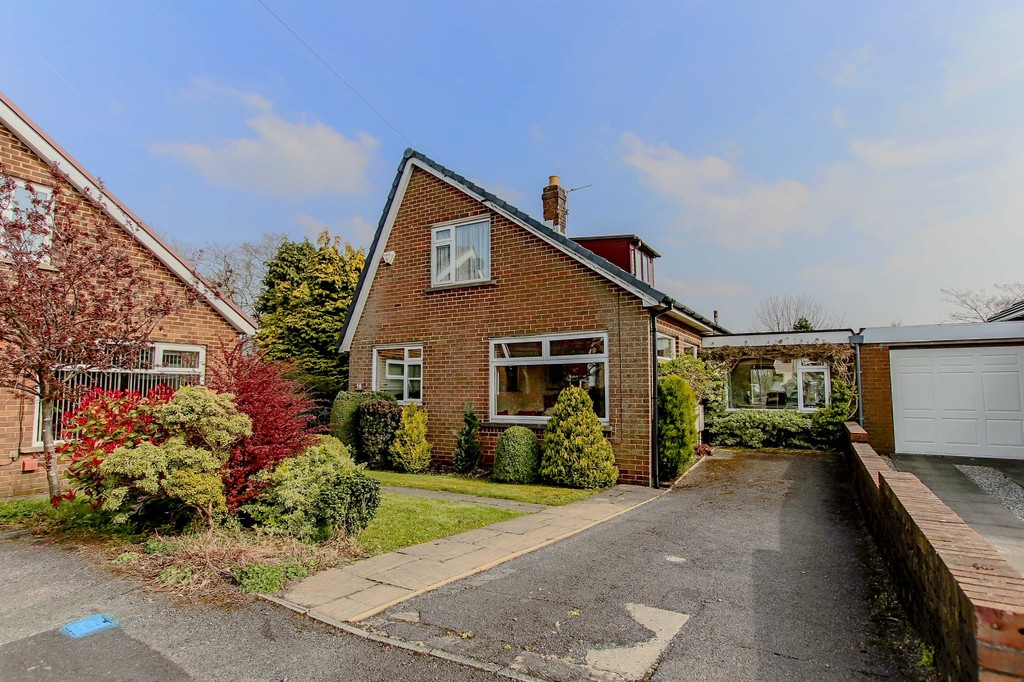 3 Bed Link Detached House To Rent - Main Image