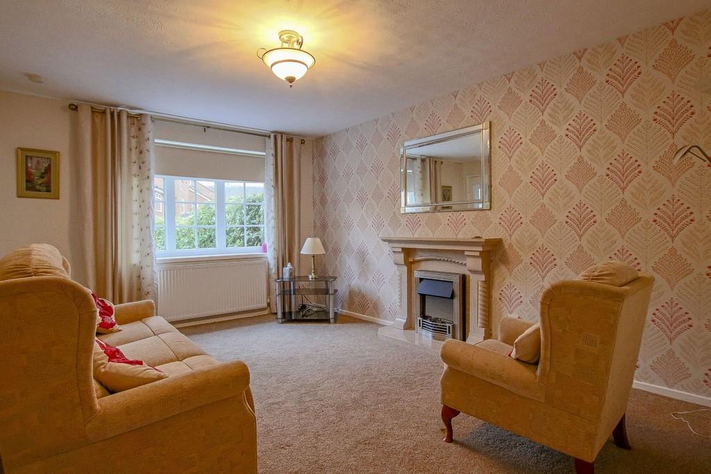 2 Bedroom Semi-detached Bungalow Bungalow To Rent - Image 2