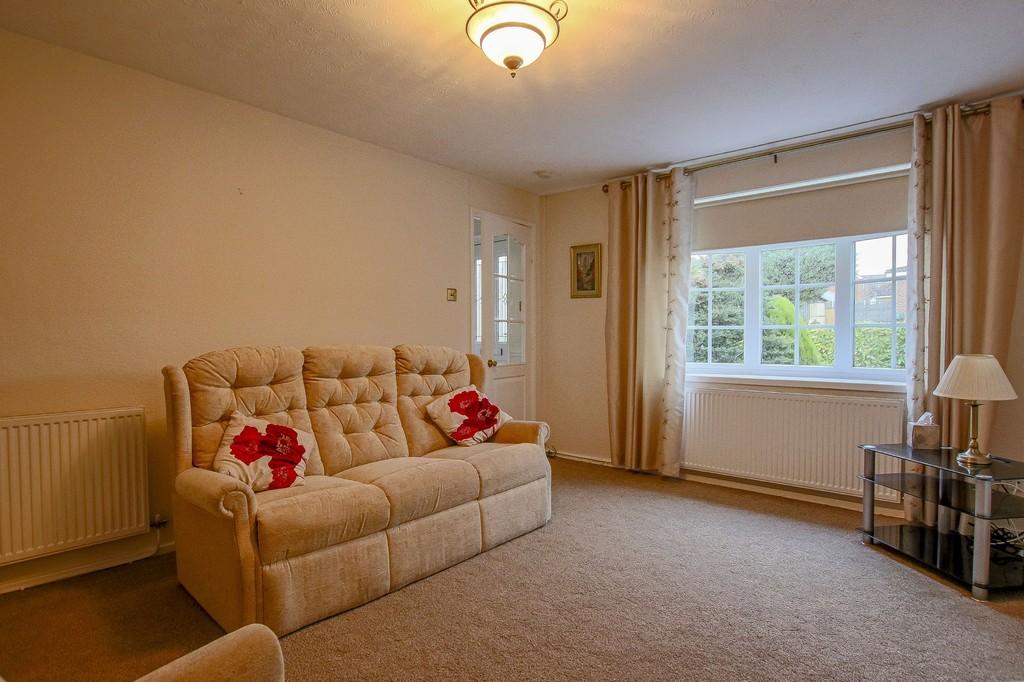 2 Bedroom Semi-detached Bungalow Bungalow To Rent - Image 22