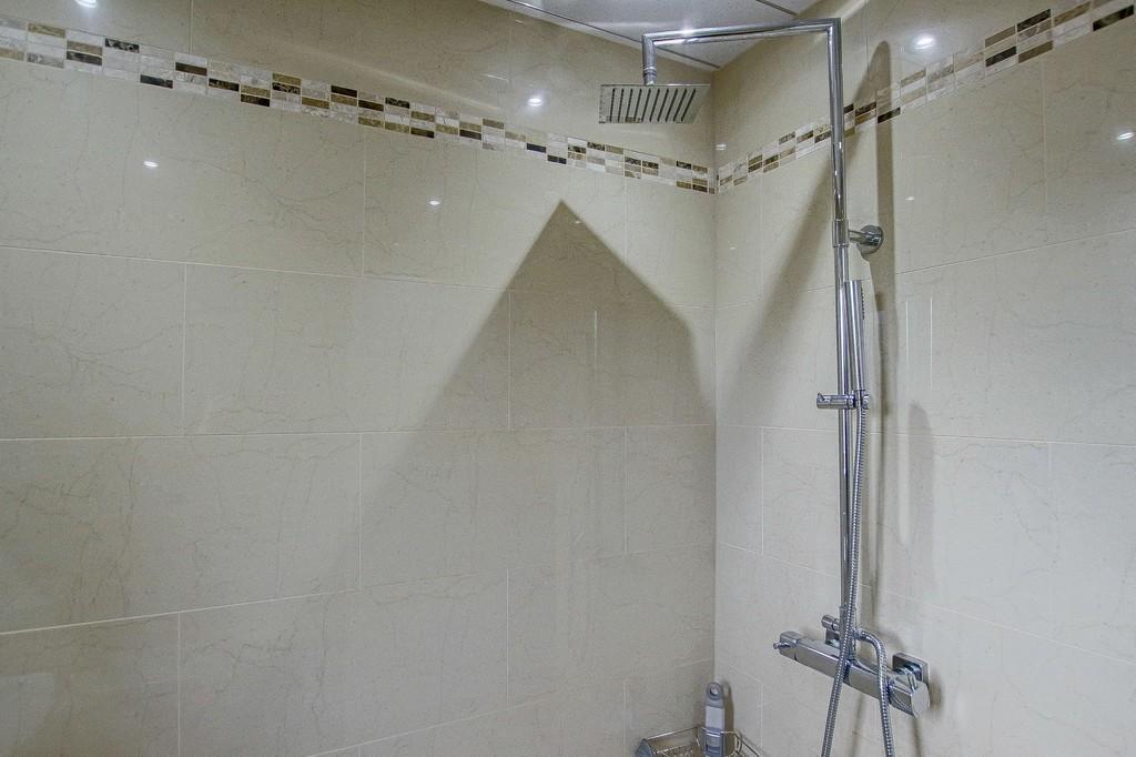 2 Bedroom Semi-detached Bungalow Bungalow To Rent - Image 14