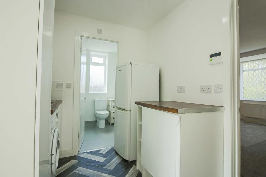 2 Bedroom Detached Bungalow Bungalow To Rent - Image 20