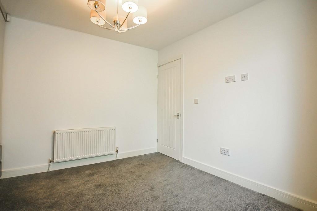 2 Bedroom Detached Bungalow Bungalow To Rent - Image 15