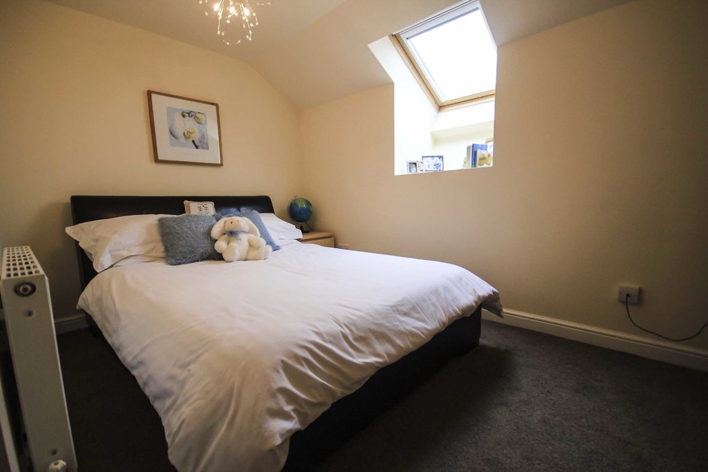 5 Bedroom Detached House To Rent - Image 24