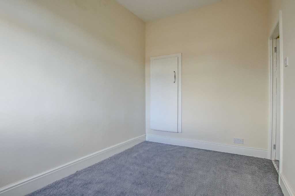 2 Bedroom End Terraced House To Rent - Image 15