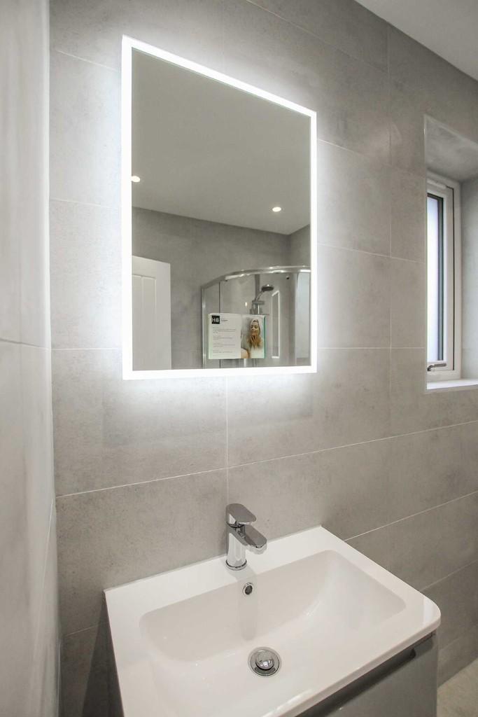3 Bedroom Detached Bungalow Bungalow To Rent - Image 17