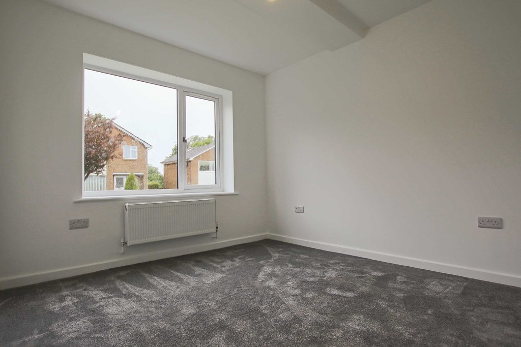 3 Bedroom Detached Bungalow Bungalow To Rent - Image 5