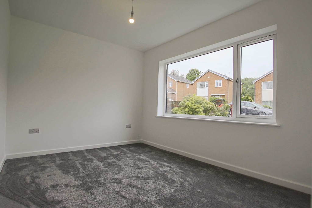 3 Bedroom Detached Bungalow Bungalow To Rent - Image 7