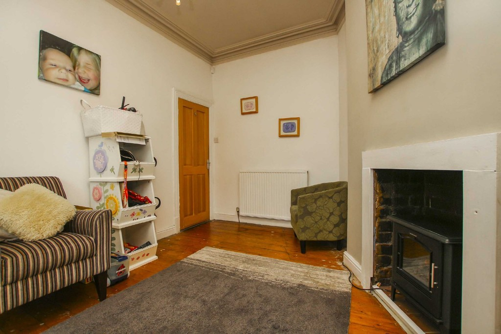 3 Bedroom End Terraced House To Rent - Image 16