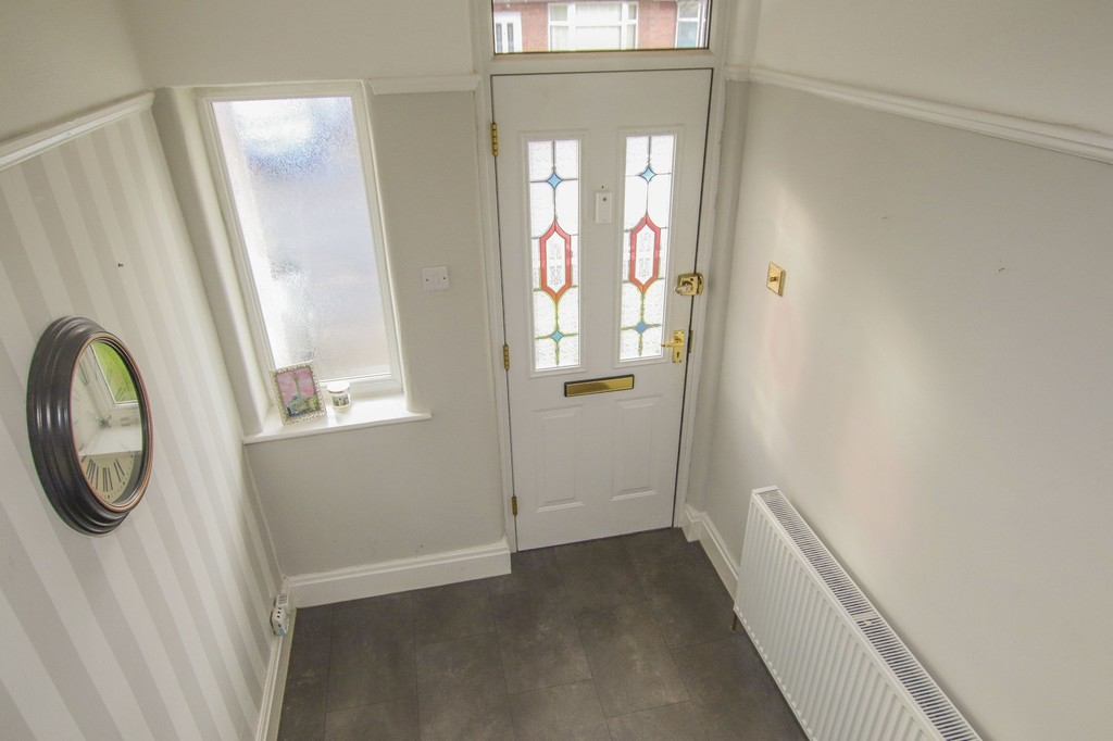 3 Bedroom Semi-detached House To Rent - Image 16