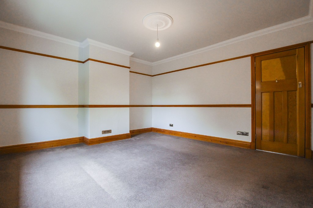 2 Bedroom Semi-detached House To Rent - Image 16