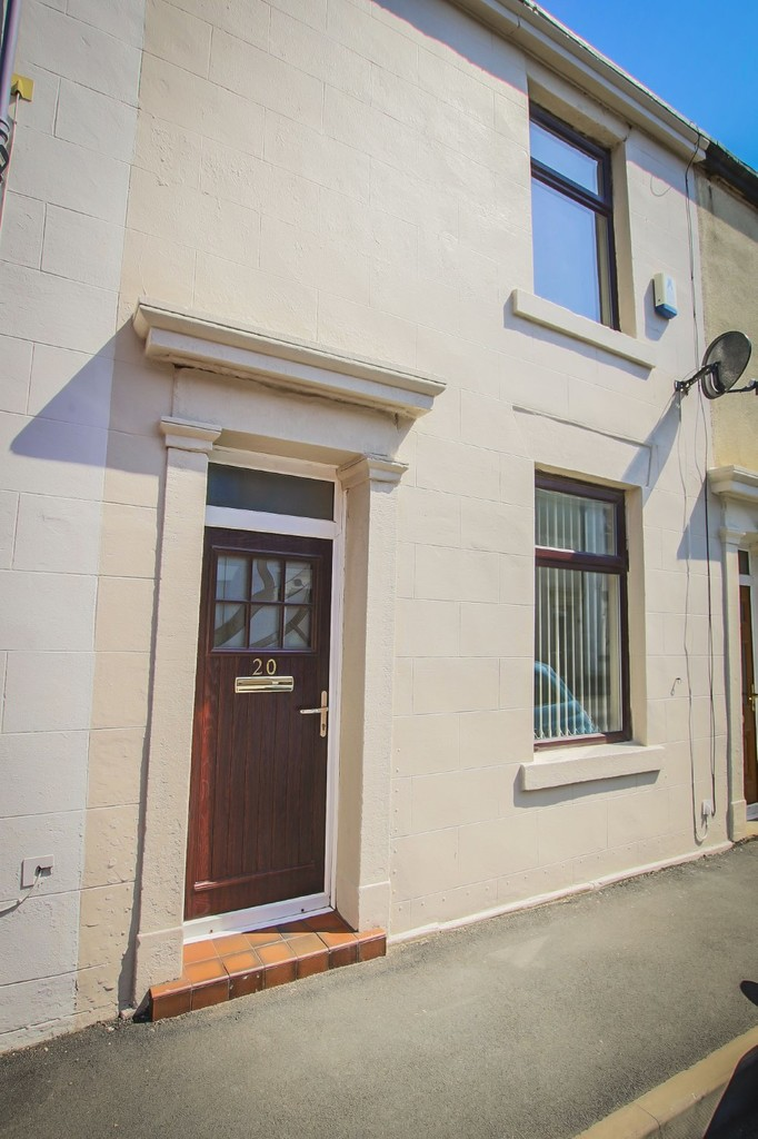 2 Bedroom Mid Terraced House To Rent - Image 14