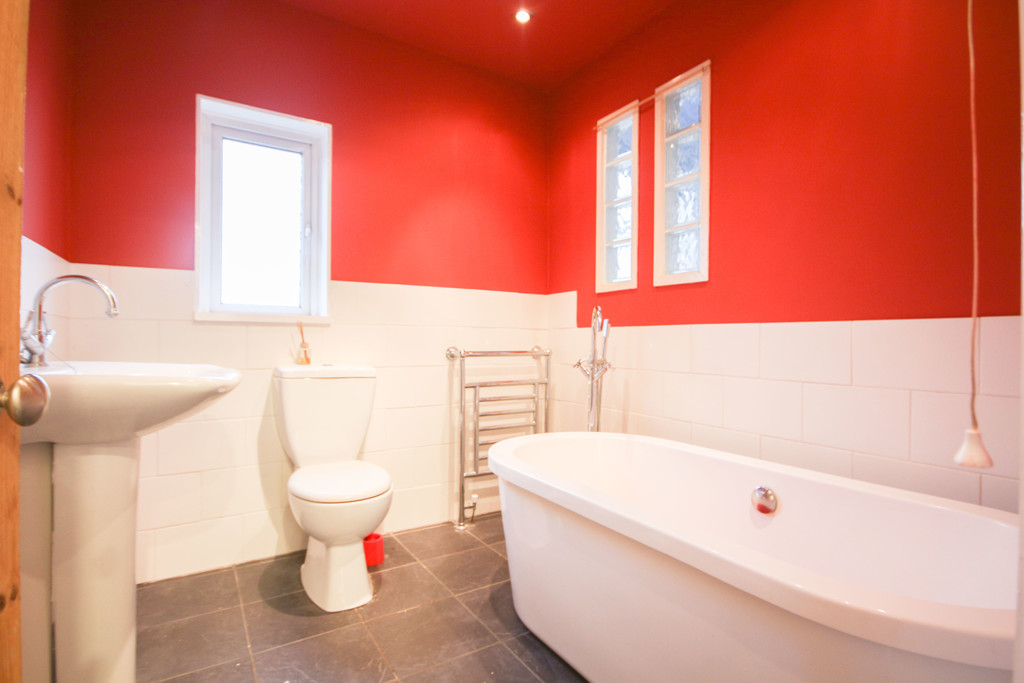3 Bedroom End Terraced House To Rent - Image 10